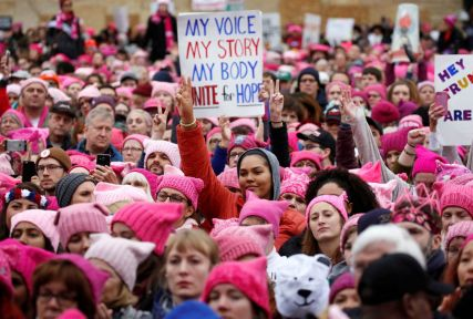 Women wearing pink pussyhats