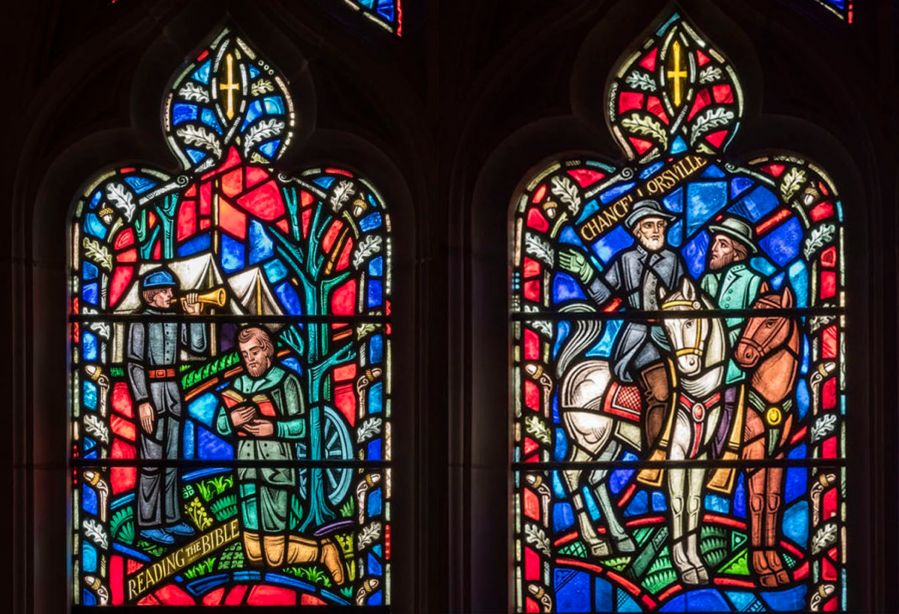 Stained-glass windows depicting Confederate generals.