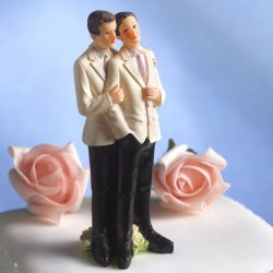 Cake Wars: Should Christians Have to Bake Cakes For Gay Couples?