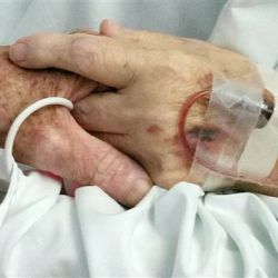 After 59 Years of Marriage, Couple Dies Holding Hands