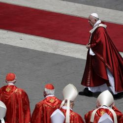 Vatican Rejects Transgender Identity in New Official Document